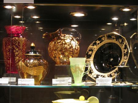 National Cambridge Collectors Inc Kirkland Museum Display